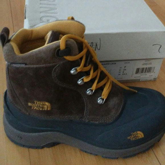 89230cd4adc Men's North Face Chilkat boots NWT